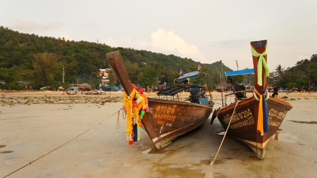 Mu Koh Phi Phi- rajski park Tajlandii
